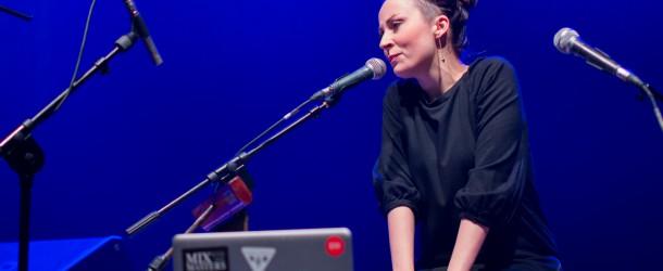 Wino-Granie: Paulina Przybysz – unplugged
